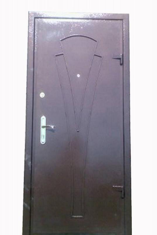 металлическая дверь дутая кожа мдф